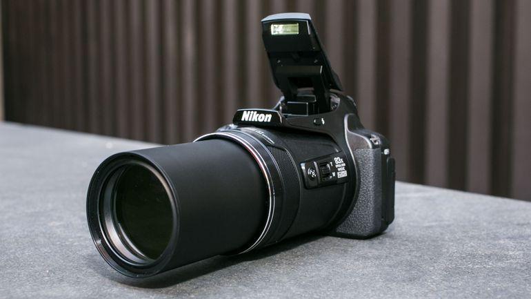 máy ảnh nikon coolplix P900 nhập khẩu chính hãng